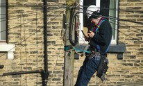 UK government makes 10Mb/s broadband a legal right