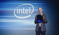 Intel shows off 10nm Cannon Lake wafer at Beijing event